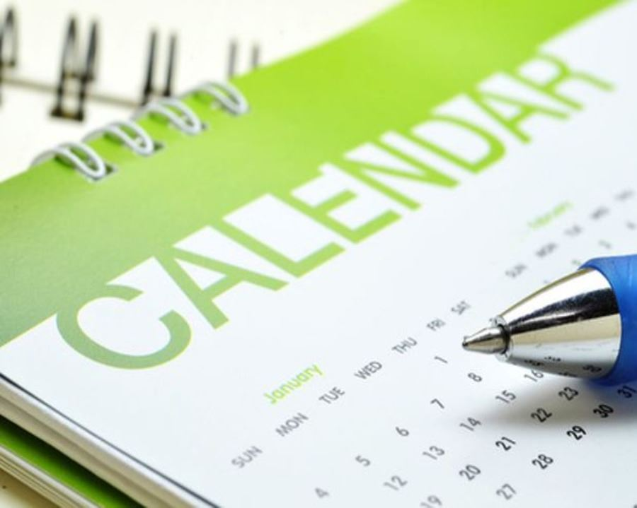 Calendar-Green-Letters-Pen-Blue.jpg.620x0_q80_crop-smart_upscale-true